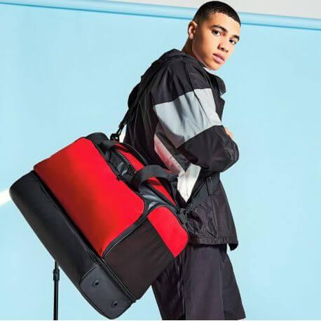 Grand sac de sport avec base solide multi-poches, 50 litres